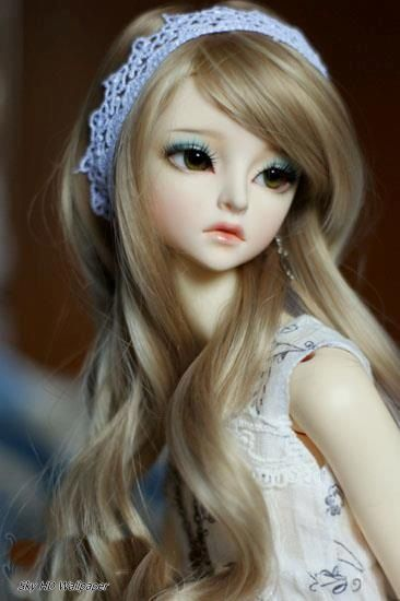 Cute Doll Wallpapers Sky Hd Wallpaper Beautiful Barbie Dolls