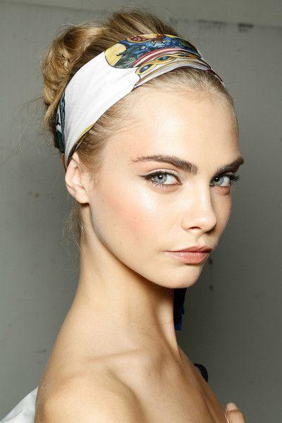 Cara Delevingne at Dolce & Gabbana SS13   make it natural.