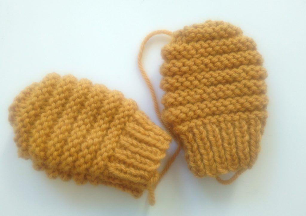 Modèle moufles bébé 0 3 mois   Tricots   Baby knitting, Knitting et ... d65e92f2812