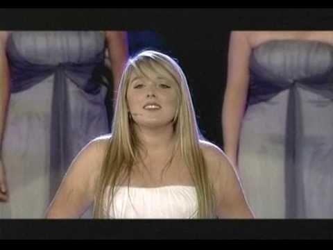 Chloe Agnew sings ''The Prayer''