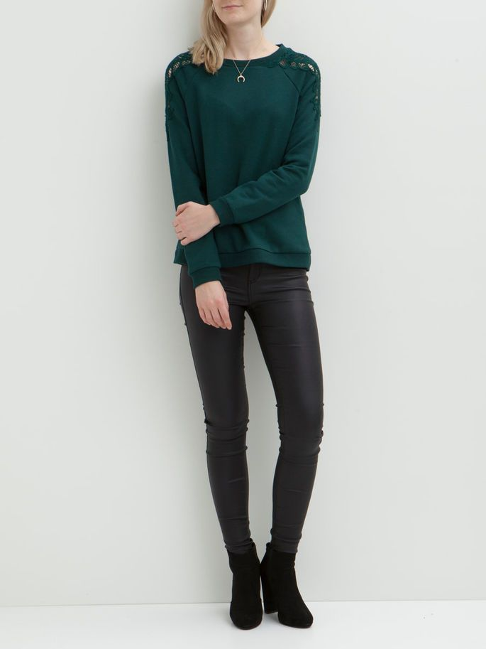 feminine with a sporty touch - Vipriva sweat top