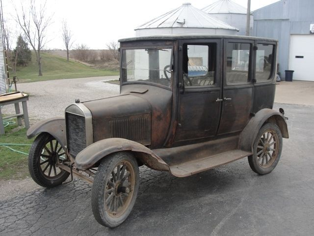 1926 Ford Model T Four Door Sedan For Sale Vintage Pickup Trucks Vintage Cars Ford Models