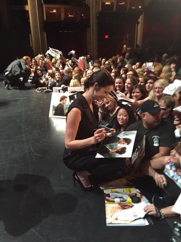 New Pics of Caitriona Balfe, Sam Heughan, Ron D. Moore and