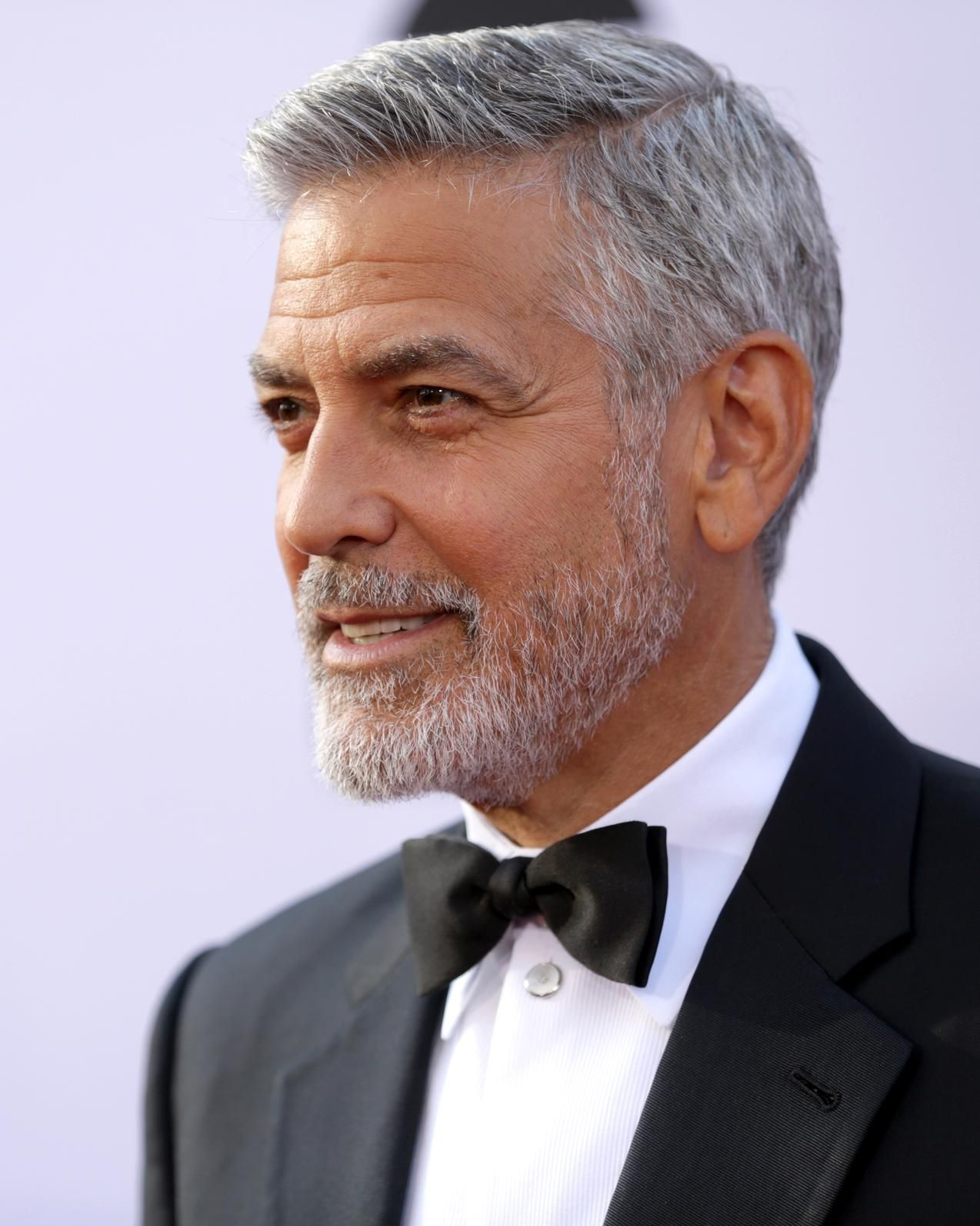 Mr Slate George Clooney S Salt And Pepper Coif Is A Look Men S Products Aim To Simulate In 2020 Salt And Pepper Hair Mens Hairstyles Grey Hair Men