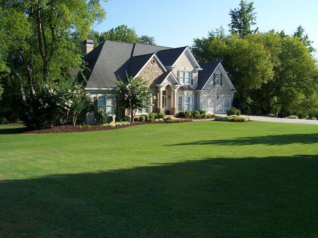 Savvy Southern Style: yard work