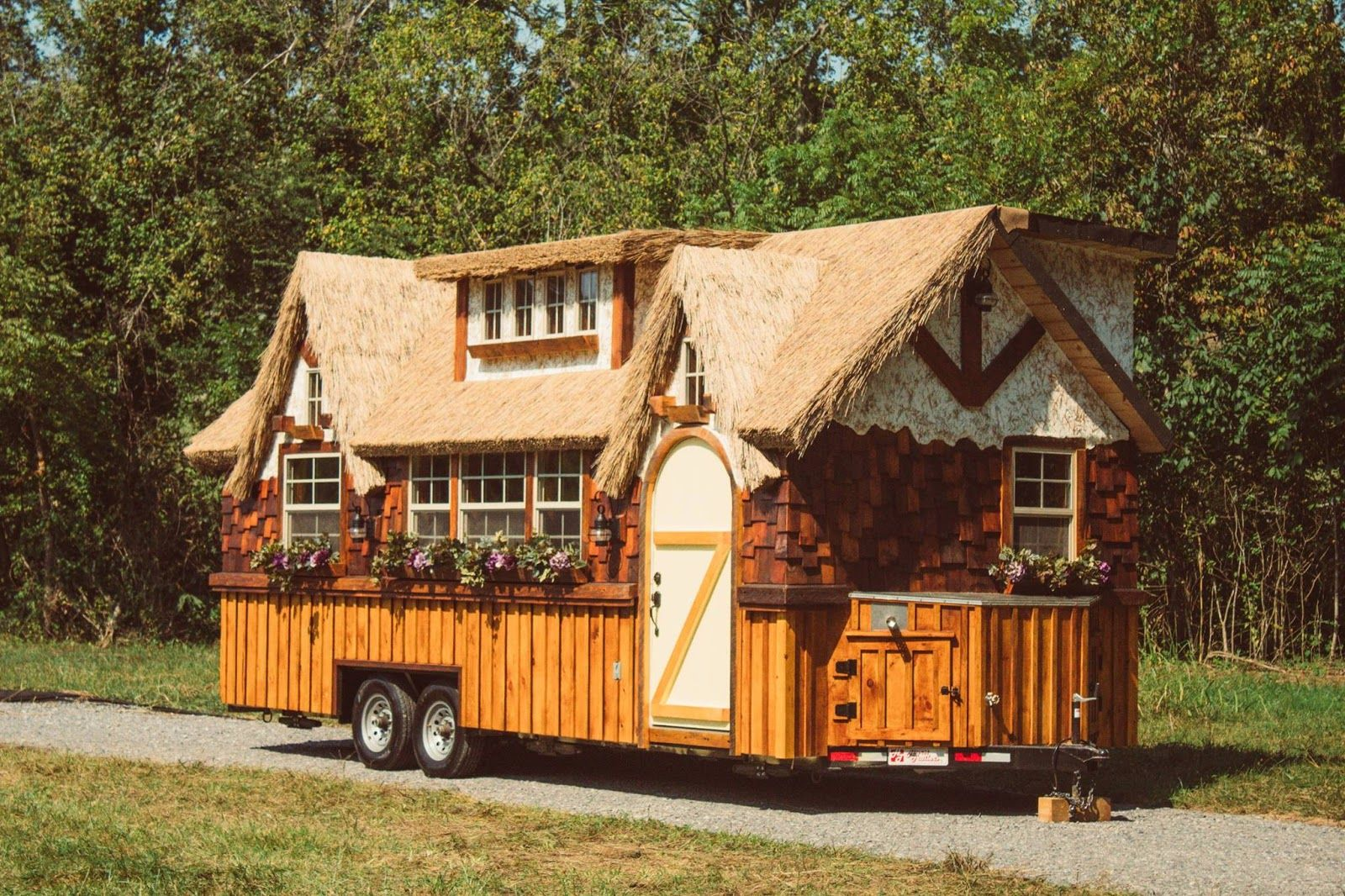 10 Foot Wide Highland Tiny House Extra Width Makes Big Difference Small House Little Houses On Wheels Tiny House