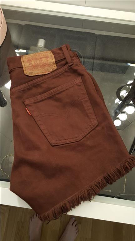 b64cae10aac Levis 501 jeans shorts vintage retro ombloggade trend sommar ...