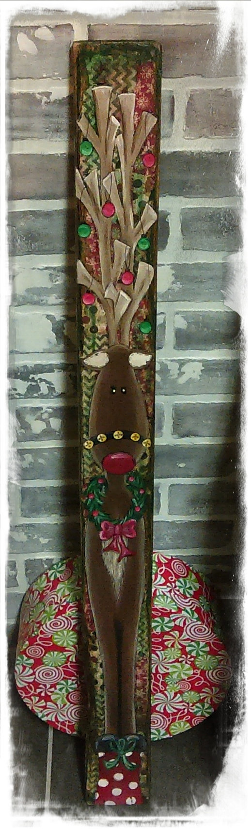 Hand painted reindeer pallet plank wooden by