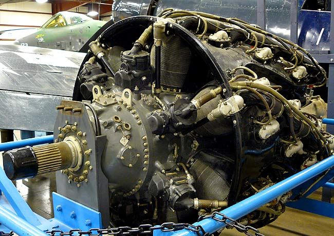 Top 7 most complex machines ever built  Type: Radial Engine