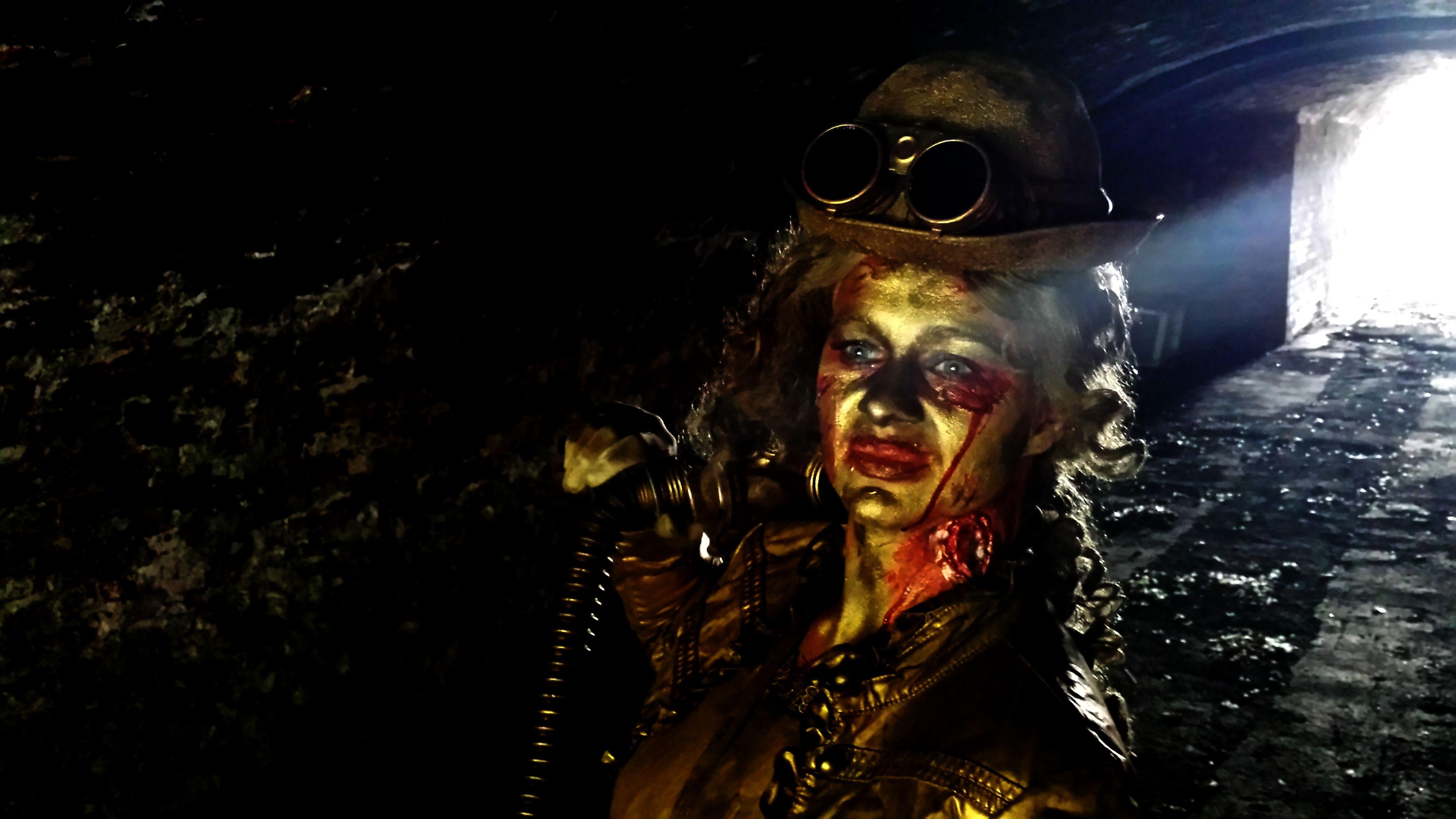 Steampunk Zombie living statue by Lutrek Living statue