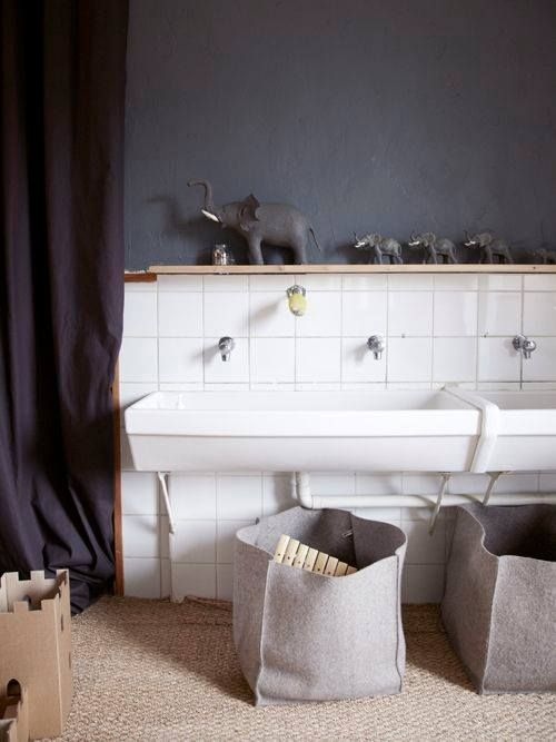 Une seconde vie pour ces anciens lavabos du0027école dans nos maisons - pose d un plan de travail cuisine