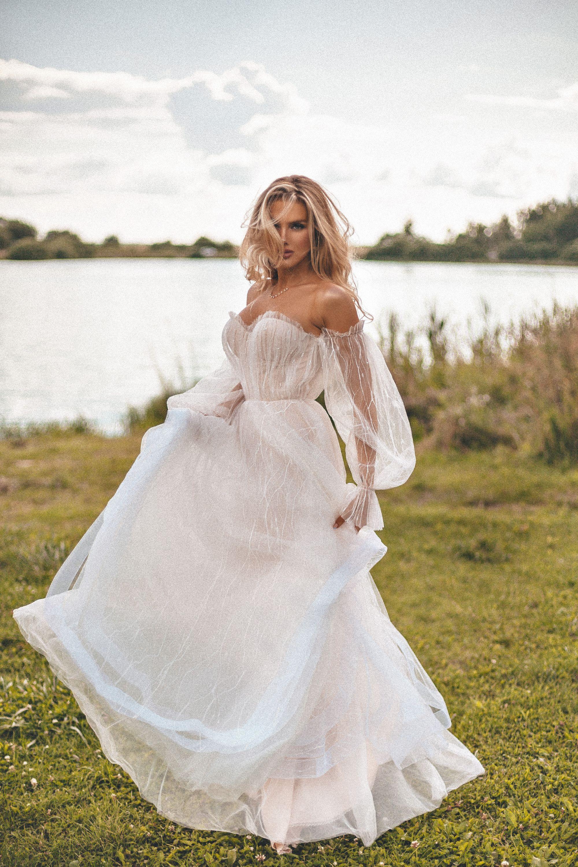 Sweetheart Bridal Dress Layered A Line Skirt Reception Gown Mesh Bohemian Wedding Dress Corset Wedding Dress Boho Summer Wedding Amazing Wedding Dress Sweetheart Bridal Wedding Dresses [ 3000 x 2000 Pixel ]