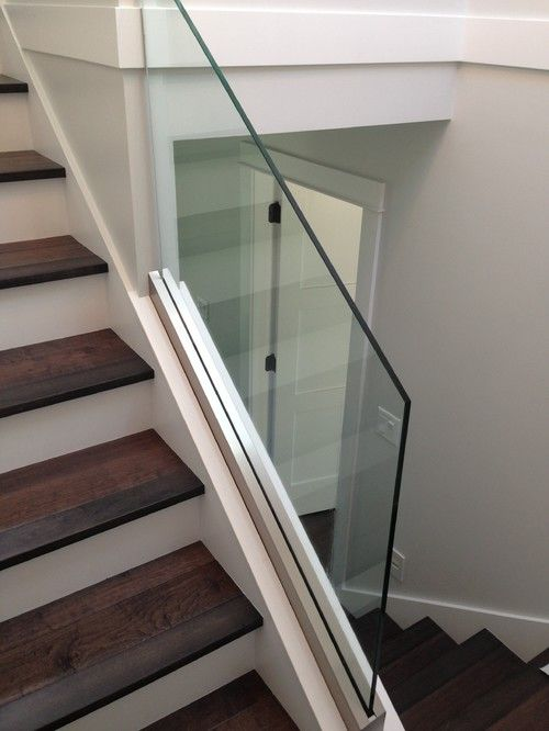 Best Base Shoe Glass Railing System Advanced Glass Pro 400 x 300
