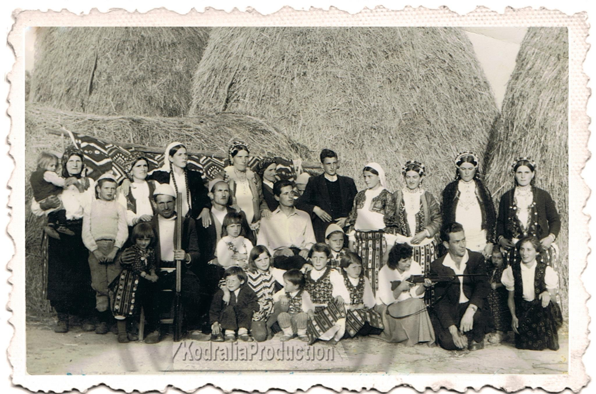 Kostume nga  Svirca / Medvegje 1959