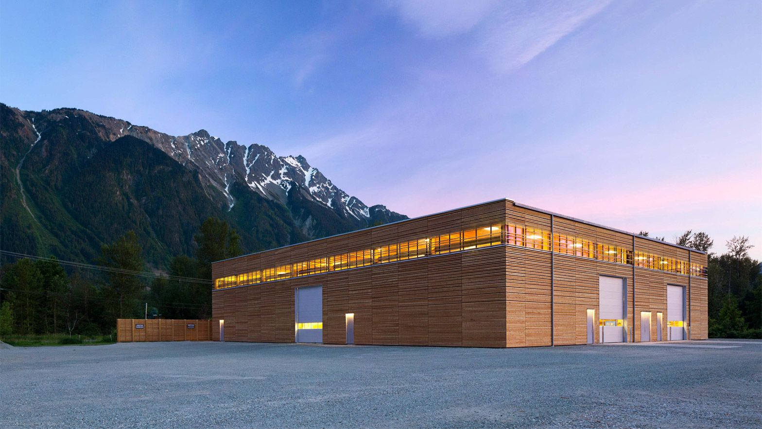 Canadian firm Hemsworth Architecture has completed an all-wood factory in British Columbia wrapped in a wooden screen and a band of clerestories