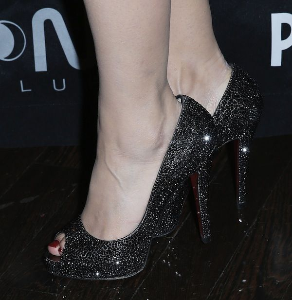 free shipping visit Christian Louboutin Very Prive Glitter Pumps cheap 2014 newest buy cheap 2014 newest pay with paypal 7s4GKFY8tV