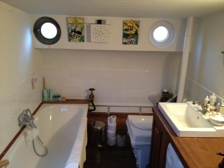 Dutch barge moored near canary wharf price reduced 165 000 houseboat pinterest dutch for Boat interior restoration near me