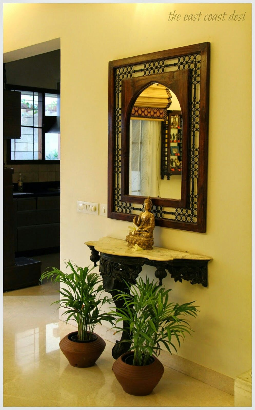 Entry Room Design: Luxury Living Room Design, Indian Home