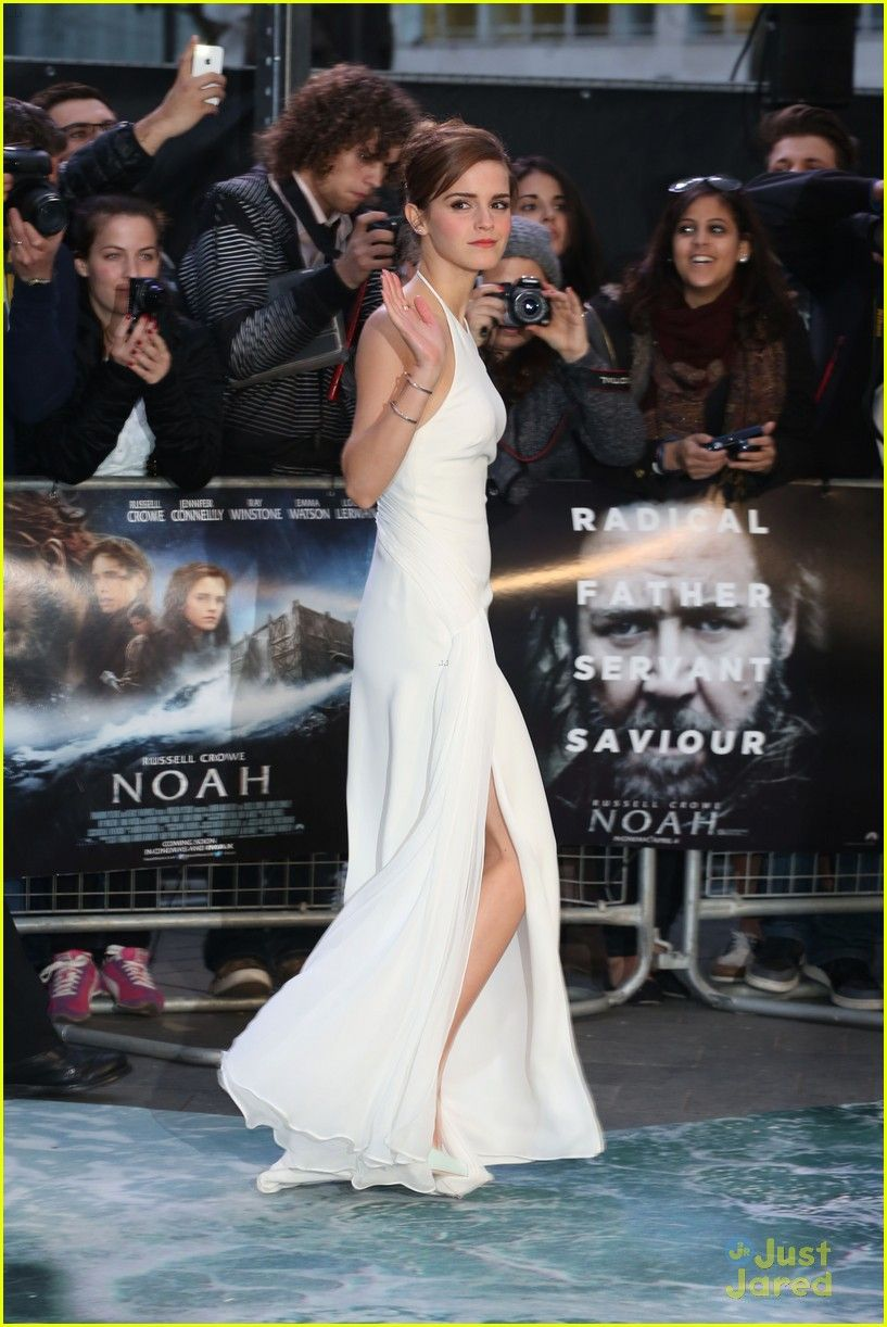Emma Watson's Leg Takes Center Stage at 'Noah' London Premiere | emma watson leg noah london douglas booth 22 - Photo Gallery | Just Jared Jr.