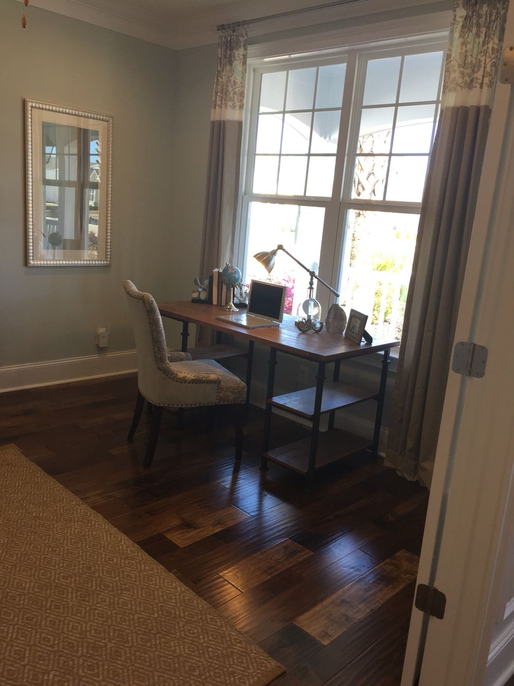 Condominium Study Room: Front Room, Home Decor, Home