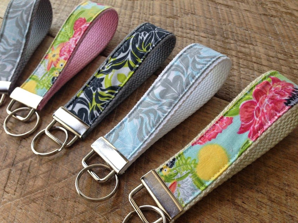Fabric Key Chain Tutorial Sewing For Beginners Diy Key Fobs Diy Sewing To Sell