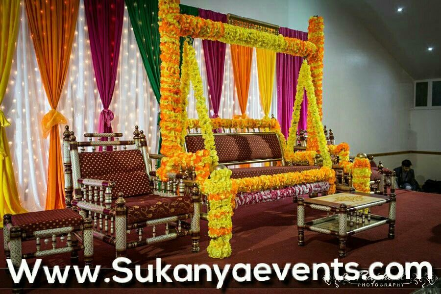 Pin By Sukanya Jadhav On 30 Amazing Swing Decoration For Dohale Jevan Decoration In Marathi Function Dohale Jevan Themes And Ideas Dohale Jevan Indian Baby Shower Decorations Baby Shower