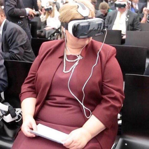 An awesome Virtual Reality pic! Slik statsministeren ser det er det ikke noe galt med retorikken Sylvi bruker om asylsøkere. #virtualreality by real_frp check us out: http://bit.ly/1KyLetq