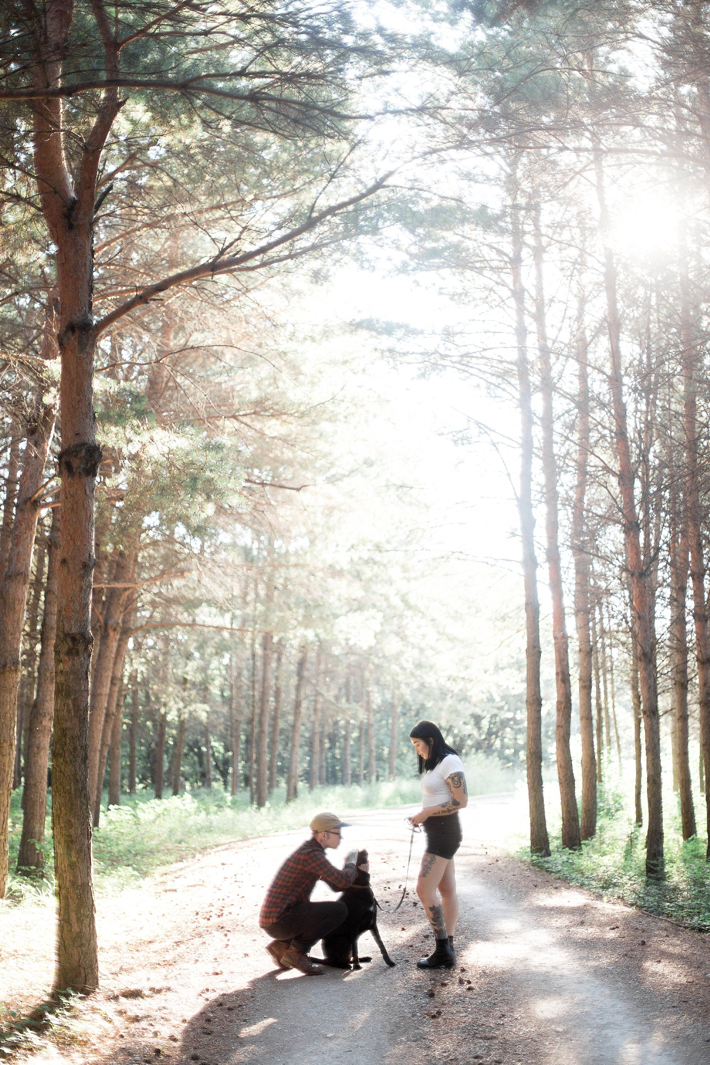 Anniversary Photoshoot | Photoshoot with pets | Winnipeg Wedding Photographer Keila Marie Photography