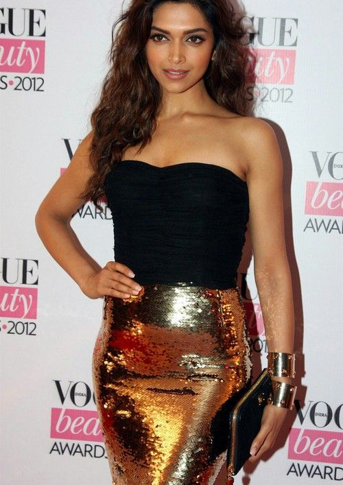 Deepika padukone vogue | Bollywood fashion, Deepika ...