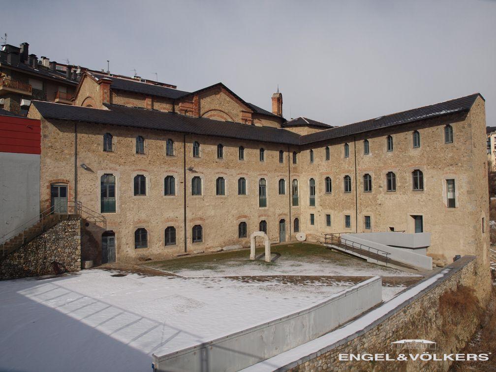 Antiguo convento, ahora Museo Cerdà en Puigcerdà, Cerdanya.