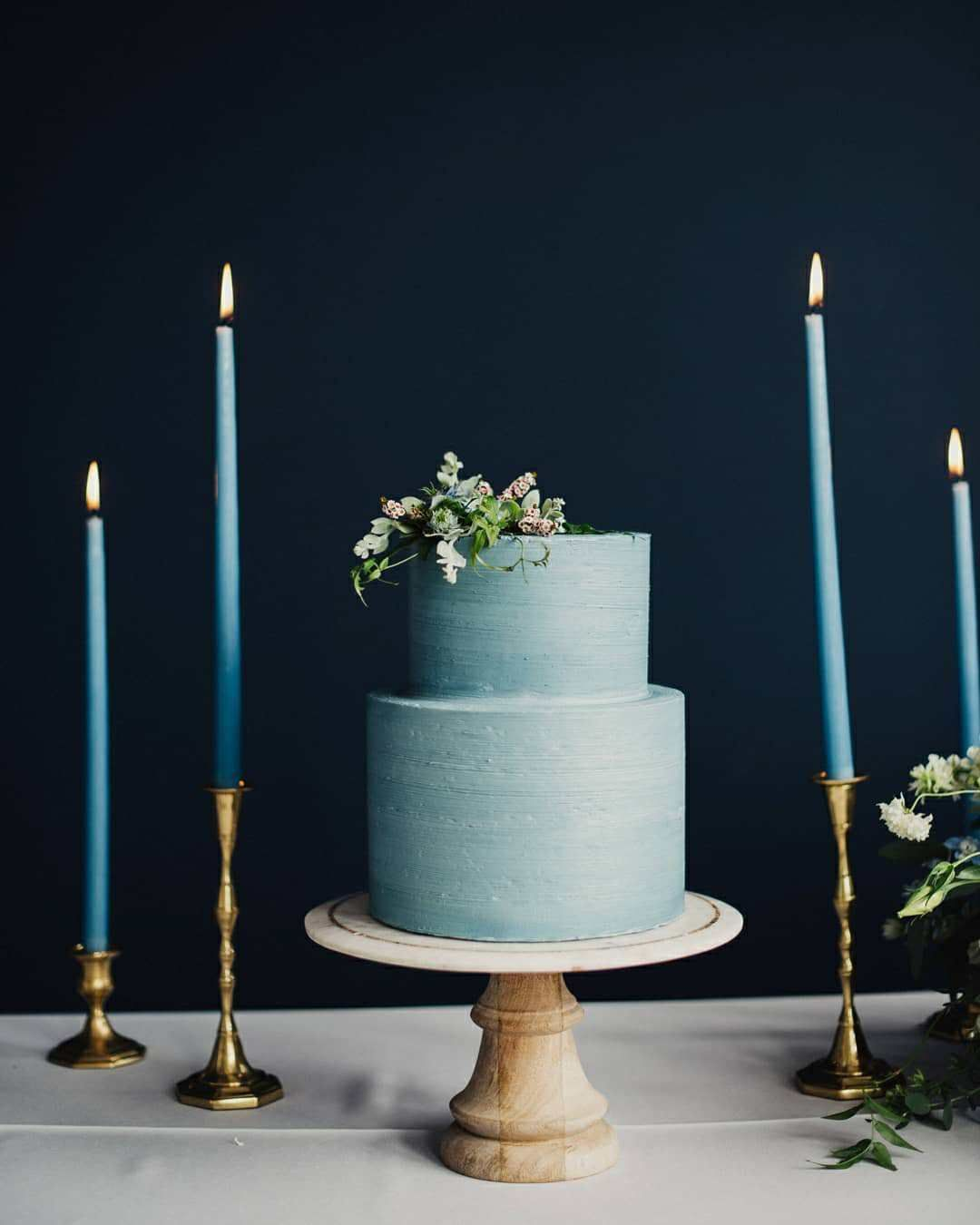 Blue buttercream wedding cake