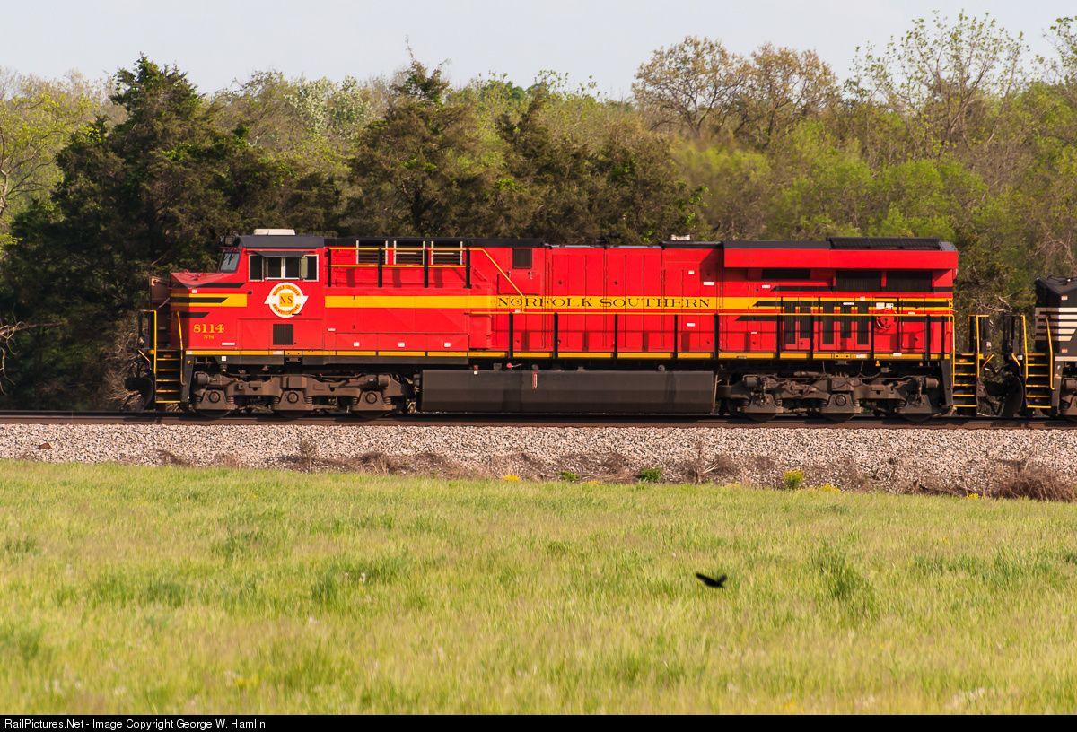 RailPictures Net Photo: NS 8114 Norfolk Southern GE ES44AC