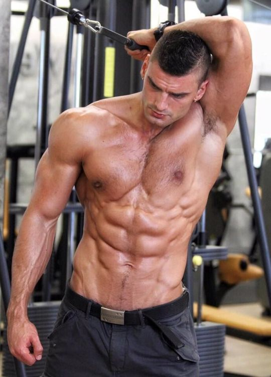 Muscle boy a hole hammering with cumshot