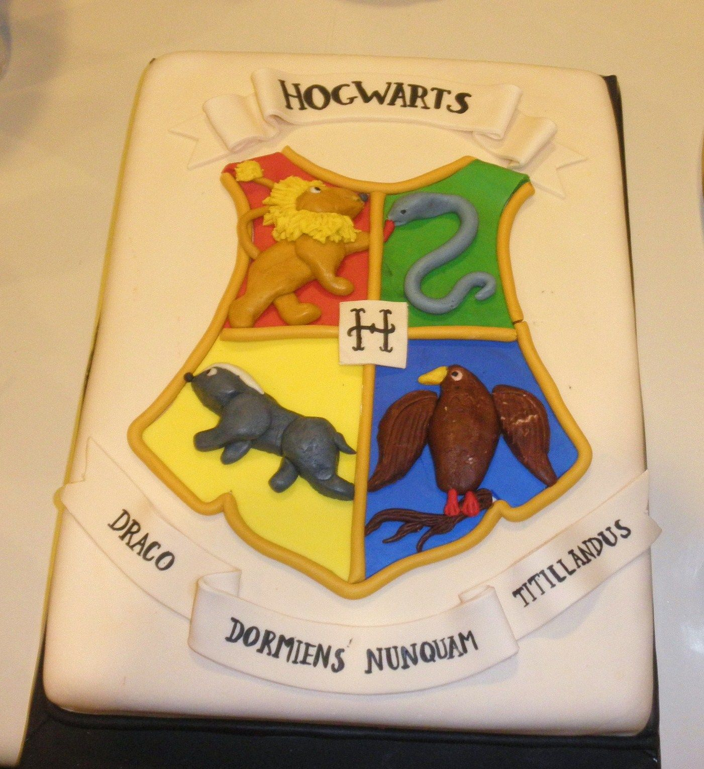 hogwarts houses cake Google Search Harry Potter Cakes