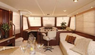 41 Gibson Sport Houseboat Interior Designs