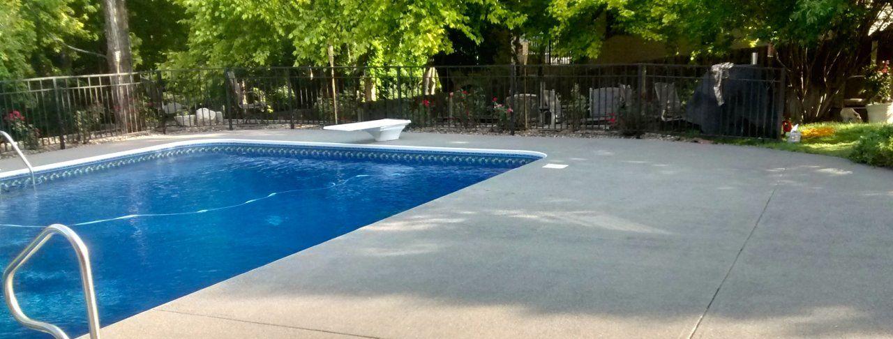 Rubberized Graniflex Coating On Pool Deck Omaha Ne Pool Deck Concrete Pool Pool