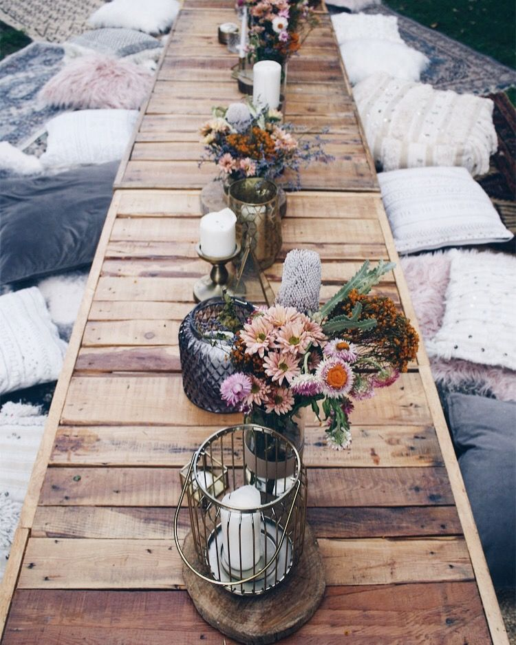 Rustic Wedding Decorations For Indoor And Outdoor Settings: Bohemian Picnic In The Park Set Up By Harper Arrow (With