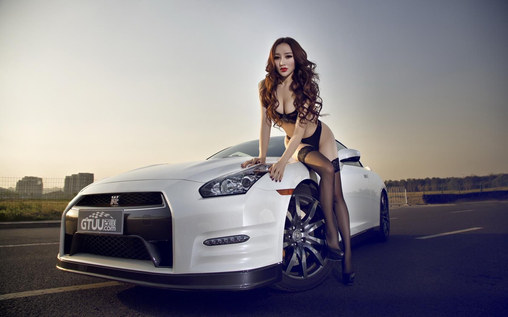 Images For Sport Cars Wallpapers With Girls