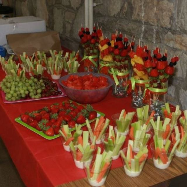 Homemade Wedding Reception Food: Fruit And Veggie Table