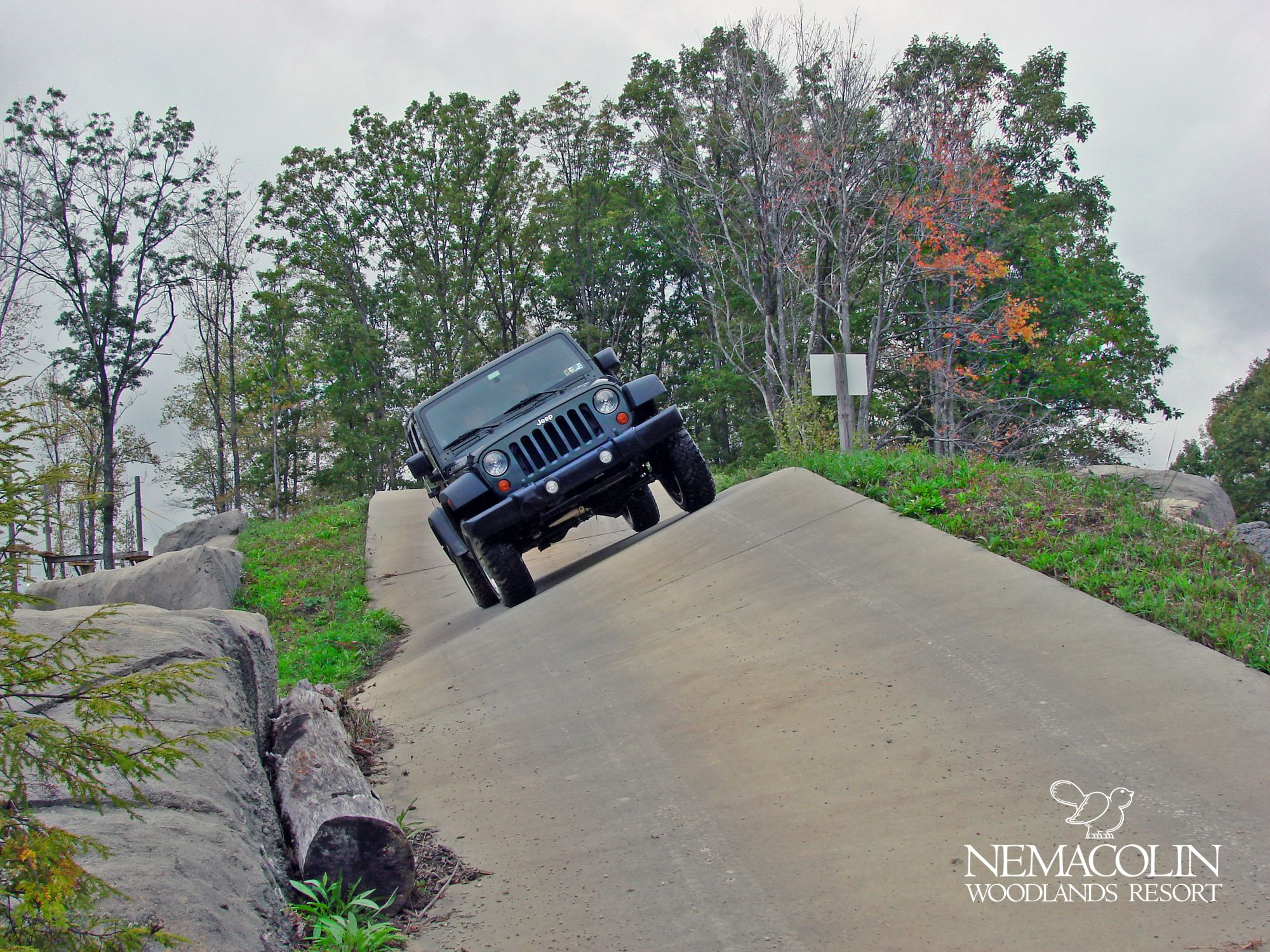 Nemacolin S Jeep Off Road Driving Academy Offers 20 Miles Of