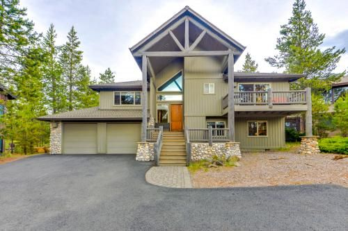 Bend Vacation Rentals From 55 Vacasa Vacation Rental Sunriver House Styles
