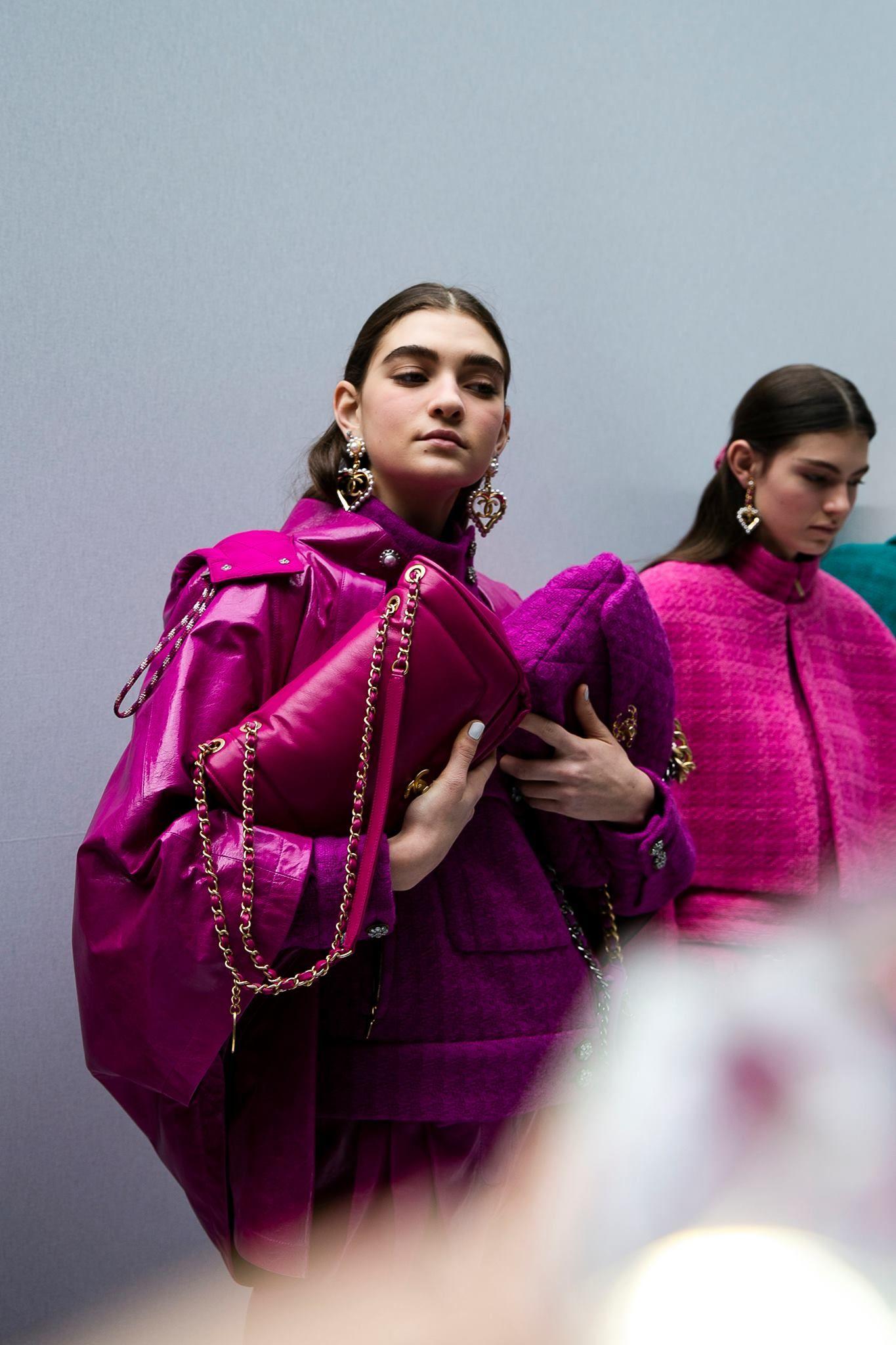 Chanel presenta como un homenaje a Karl Lagerfeld su