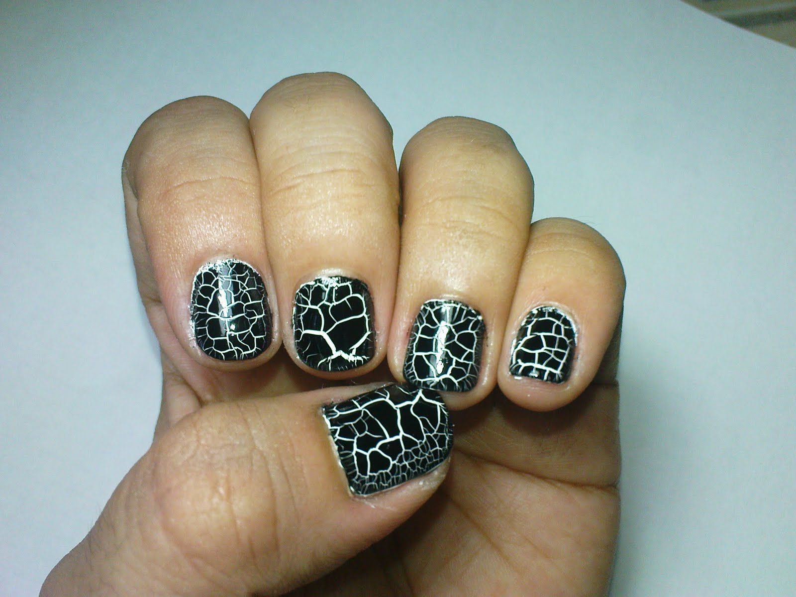 cracking-nail-polishes-are-the-easiest-way-to-have-a-nail-art-why ...