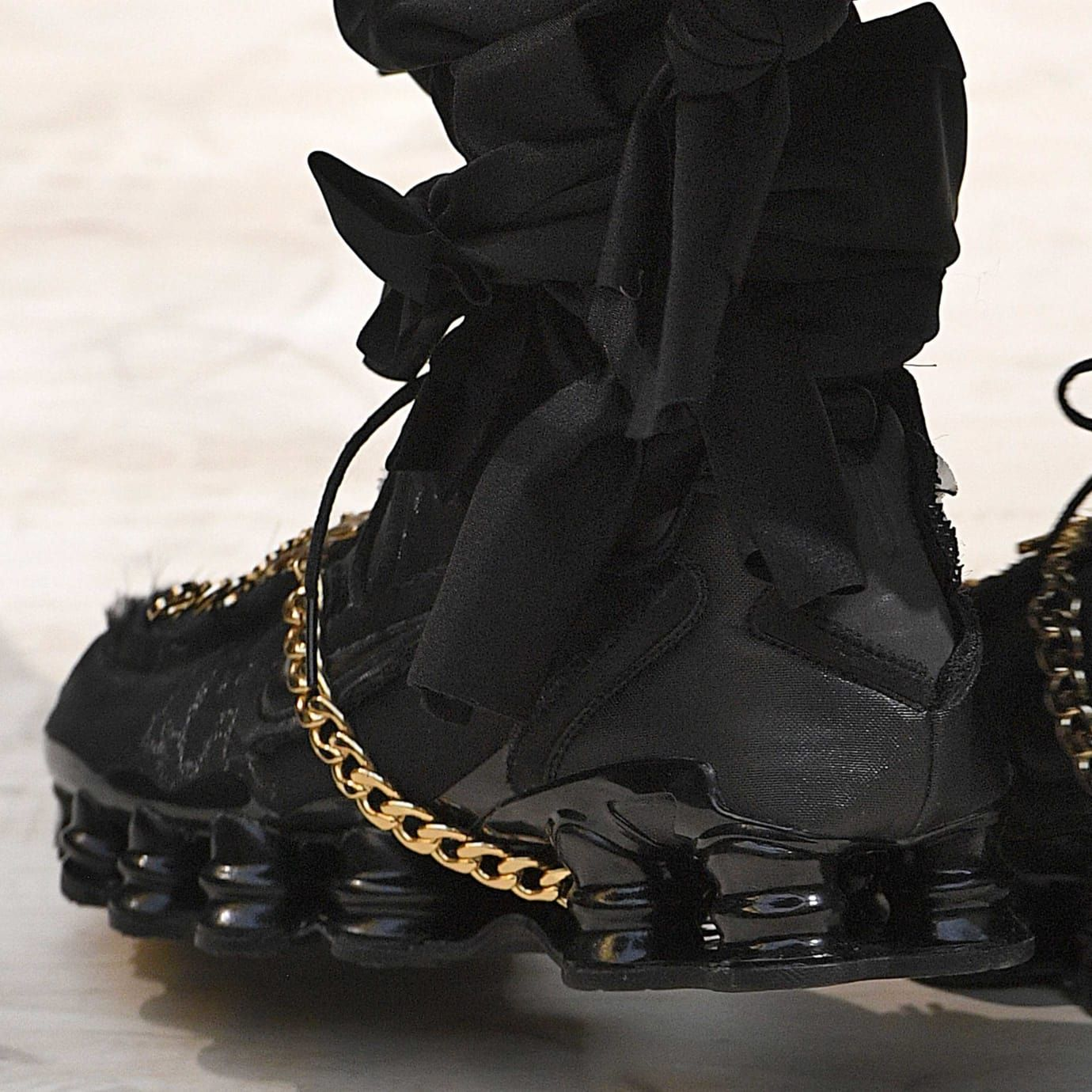 Comme des Garcons x Nike Shox Release