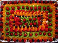 Fruit Pizza Recipe on http://www.webnuggetz.com