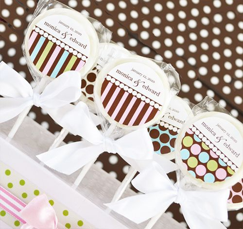 Something Sweet Dots and Stripes Lollipop Favors #theweddingoutlet