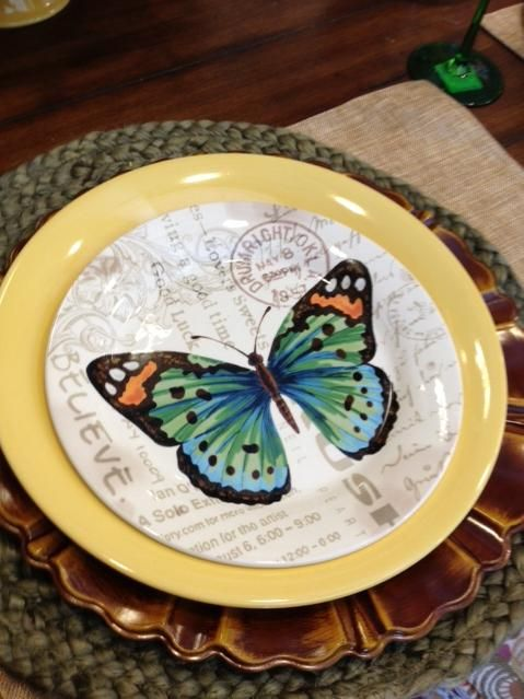 butterfly salad plate at pier 1 imports dishing it out pinterest porcelaine papillon et. Black Bedroom Furniture Sets. Home Design Ideas