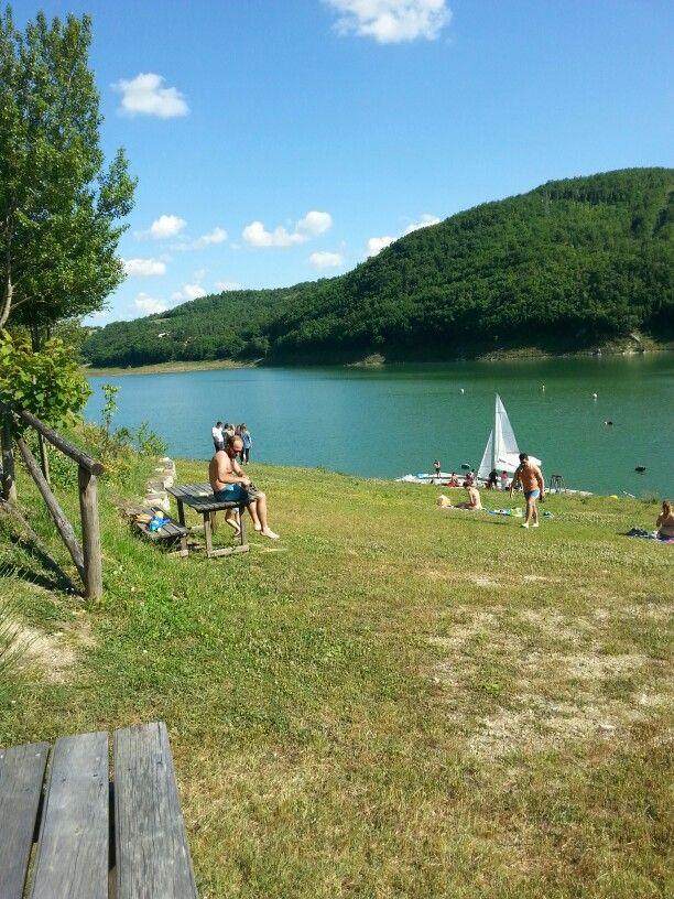 Lago artificiale di Montedoglio.