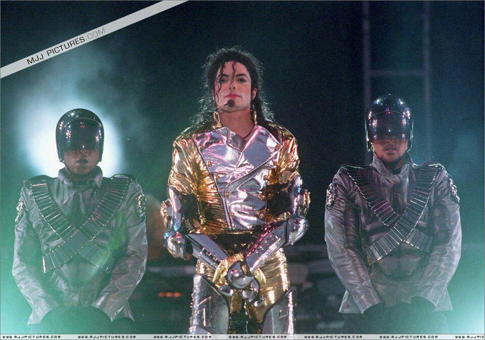 Pin De Tina Brandfas En Never Can Say Goodbye Michael Jackson Album De Michael Jackson Jackson