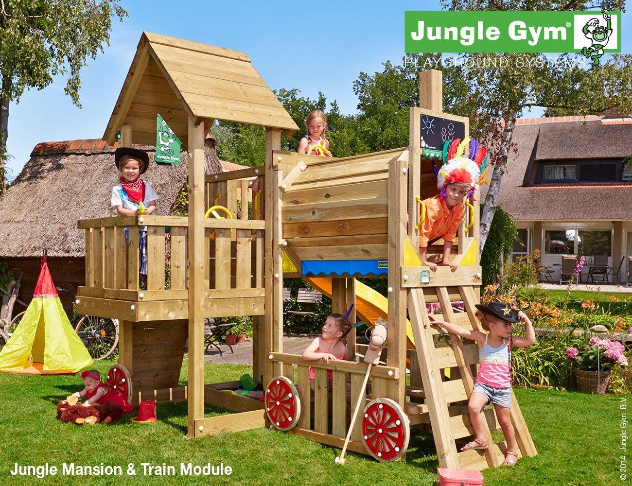 childrens garden play equipment cubby train playsets pintoplay